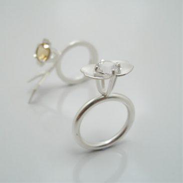 Silverringar med citrin och bergkristall.