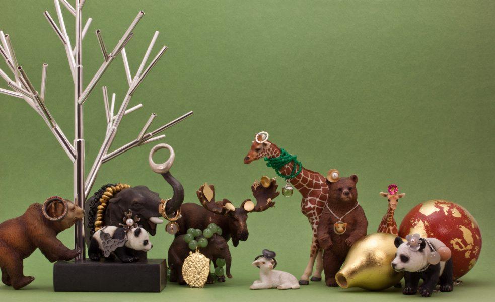 Smycken från LOD! Mina hittar du på pandan, giraffen och björnen.